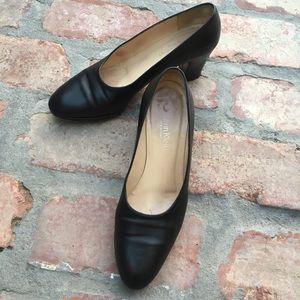 Vintage Calvin Klein heels, 7.5
